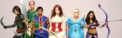 les personnages de The Guild la web serie geek tous en costume