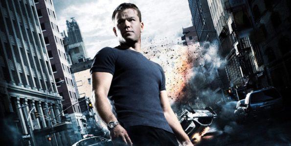 Jason bourne qu'on voit en contre plongée sur fond d'immeuble ou de voiture qui explose. C'est pas plus crédible que de la dark romance